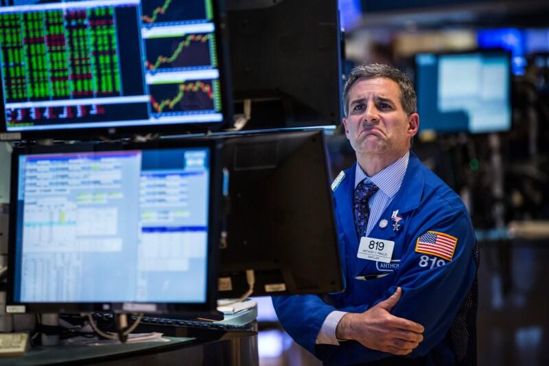 La Bolsa de Nueva York abrió con un retroceso por los débiles precios del petróleo.
