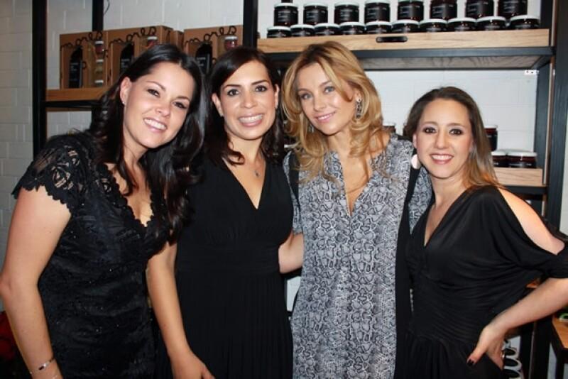 """""""Amores y Sabores"""" es la nueva tienda de productos orgánicos que la mayor de las hermanas Paleta abrió al sur de la ciudad."""