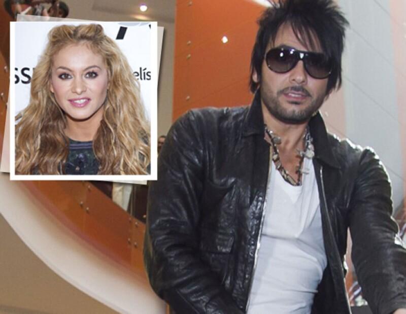 En una entrevista, el rockero señaló que no le preocupan y sólo le causan risa los rumores sobre un romance con la mexicana, quien al igual que él es coach del programa La Voz... México.