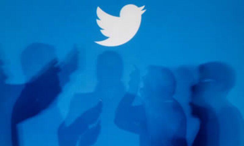 Los analistas creen que Twitter puede potenciar su negocio publicitario ofreciendo sus servicios a pequeñas empresas.  (Foto: Especial)