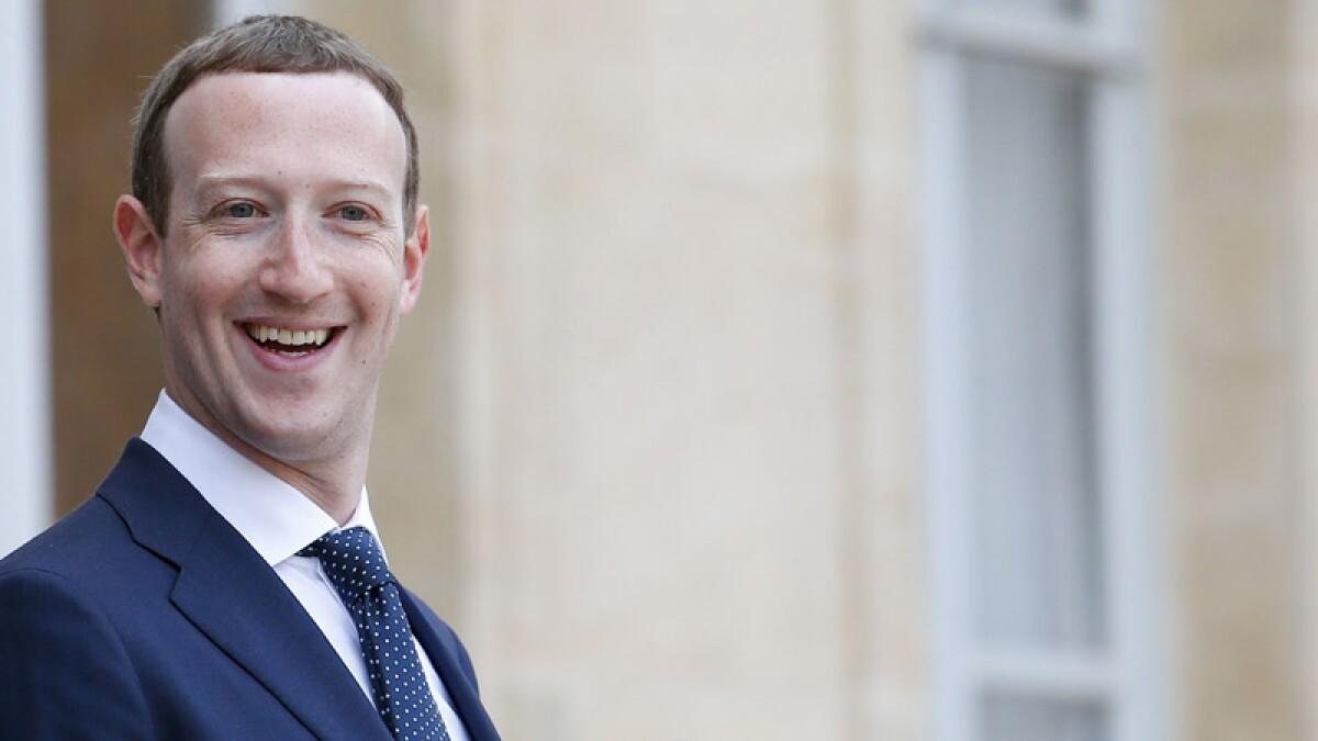 Falla en Facebook e Instagram dispara visitas en sitios para adultos