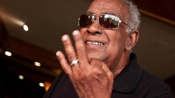 El cantante de salsa se dirigía a su casa en Puerto Rico; estrelló su automóvil contra un poste y murió. Tenía 74 años y se presentaría en México el próximo 19 de abril.