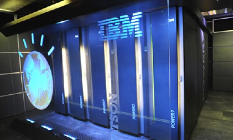IBM ha invertido en cinco años más de 14,000 millones de dólares en 25 adquisiciones focalizadas en firmas de análisis. (Foto: AP)
