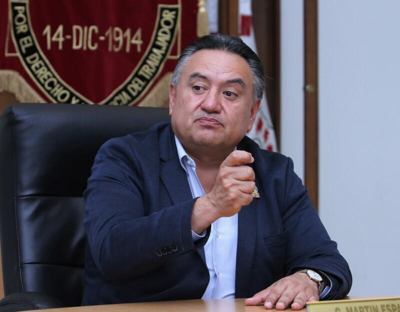 Martín Esparza