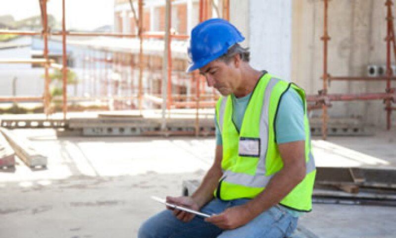 De acuerdo con analistas, el plan de infraestructura reactivaría a la golpeada industria de la construcción. (Foto: Getty Images)