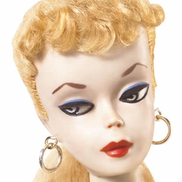 Ruth Handler, co-fundadora de Mattel, creó la primera Barbie hace 50 años y la bautizó en honor a su hija Bárbara.