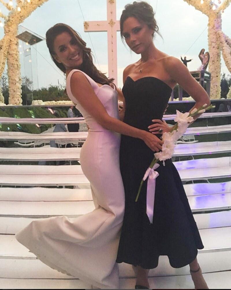 Victoria Beckham diseñó el vestido de Eva Longoria y la llamó ´la mujer más inteligente y hermosa que he conocido´.