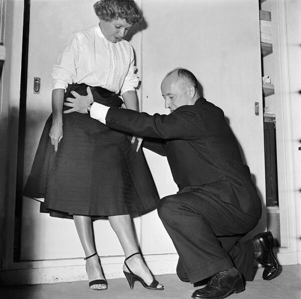 Helene Lazareff And Christian Dior In 1953
