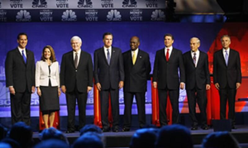 Los candidatos han propuesto políticas que reprobarían la materia de Economía en varias universidades. (Foto: Reuters)