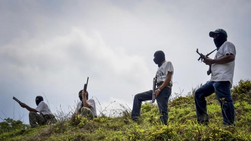 Autodefensa en Aquila Michoacan