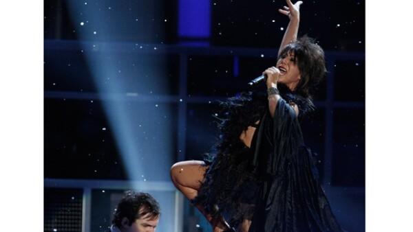 El escenario del reality se engalanó con la presencia de tres grandes de la música: David Bisbal, Alejandra Guzmán y Moderatto.