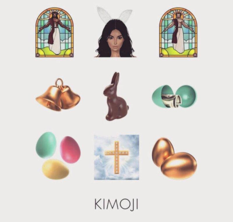 Huevos de pascua, cruces y ella como conejita son parte de la colección.