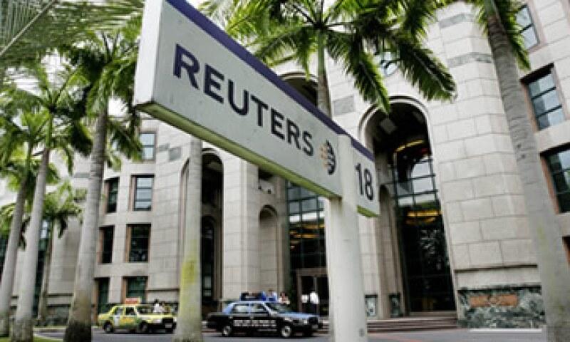 Presuntamente Reuters usó su dominio en el mercado para que los clientes obtengan datos de sus rivales. (Foto: AP)