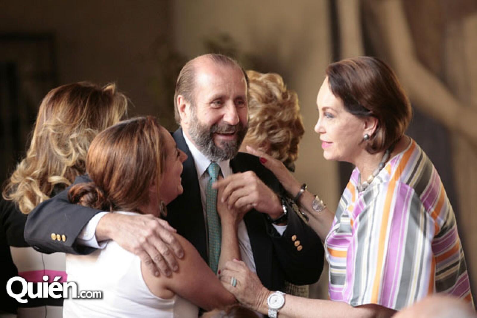 Cristina Helguero, Walther Boelsterly y Erika Hagsater