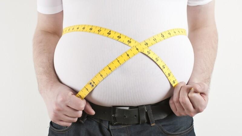 Un nuevo estudio revela que la obesidad mórbida es más letal que la adicción al cigarro
