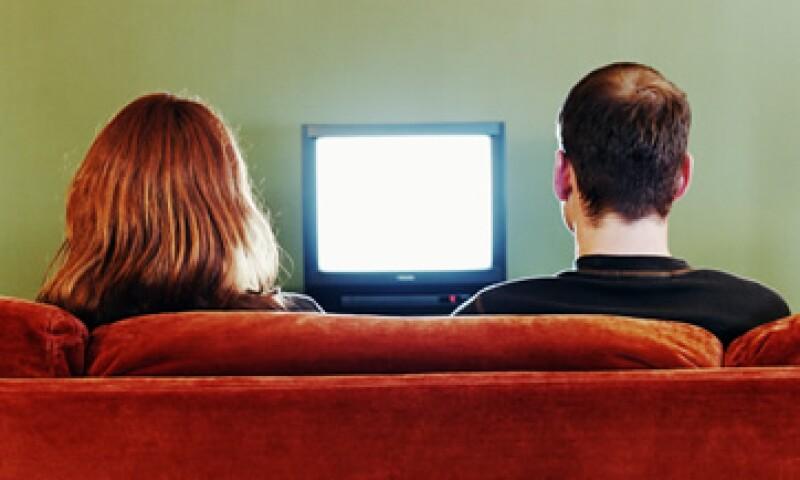 La CFC dijo que no puede revisar las bases para la licitación de la TV hasta que no las reciba de la Cofetel. (Foto: Getty Images)