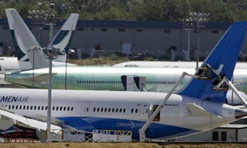 Las entregas de aviones comerciales aumentaron 9%. (Foto: Reuters )