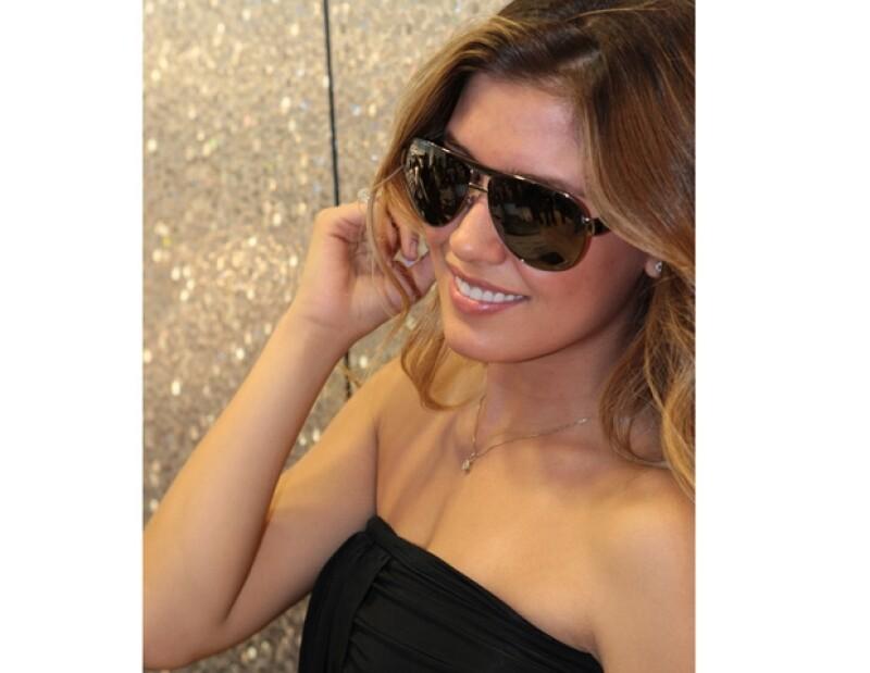 Con 21 años, la hija de Luis Miguel y Stephanie Salas se prepara para hacer carrera en el mundo de la moda y quizá dar la sorpresa pronto como cantante.
