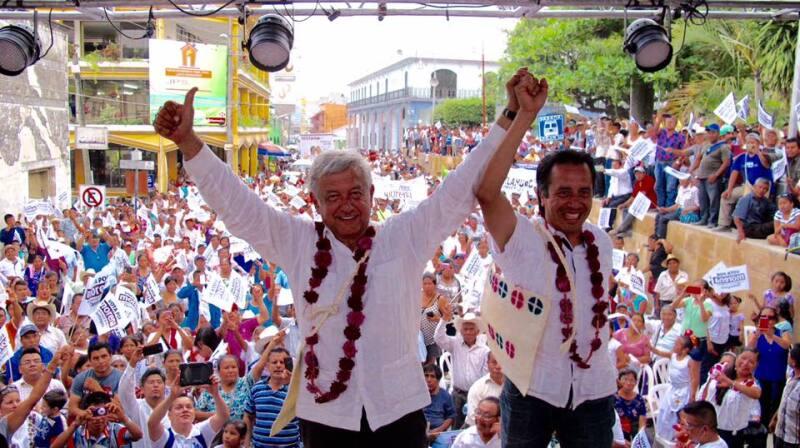 El político acompañó al abanderado de su partido, Cuitláhuac García, en una gira por diversos municipios del estado.