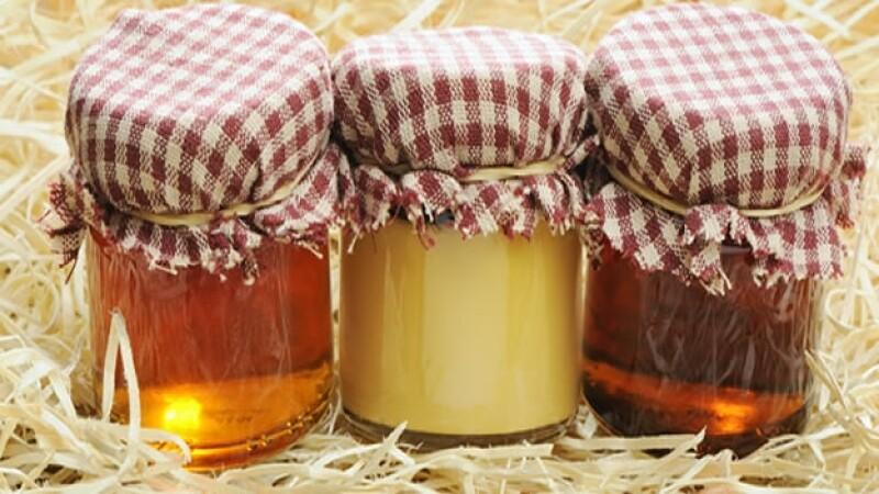 botes de miel de maple
