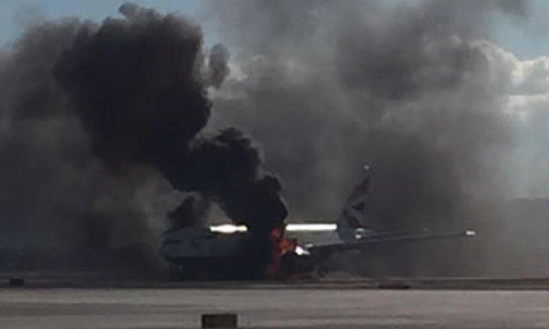 El vuelo 2276 de British Airways había despegado rumbo al Aeropuerto Gatwick de Londres (Foto: Twitter/@pberberian)
