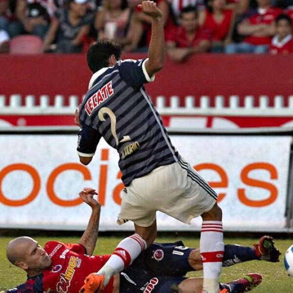 Con el empate, 'Tiburones' y Chivas quedaron con 5 puntos en el Torneo