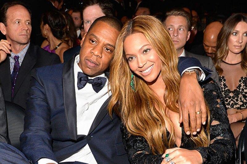 Tal parece que la pareja no está contenta con la manera en la que Kanye desmeritó el triunfo de Beck en los Grammy, por lo que no están interesados en que se les involucre más con él ni su esposa.