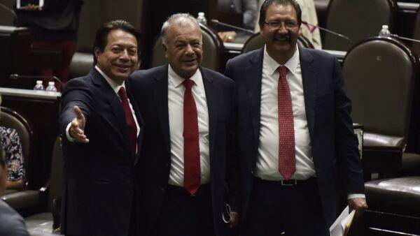 Mario Delgado y los del PT