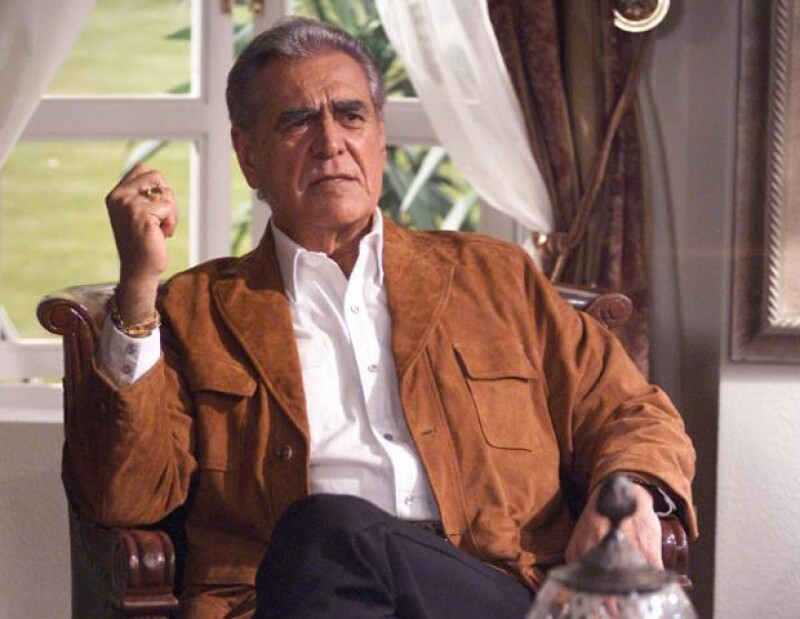 El actor mexicano dijo sentirse muy orgulloso de su hija Kate del Castillo, a quien considera una gran actriz.