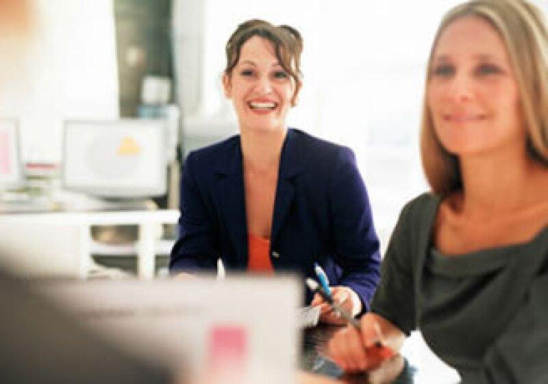 Un empleado satisfecho es el mejor embajador para atraer nuevos trabajadores a una firma. (Foto: Jupiter Images)