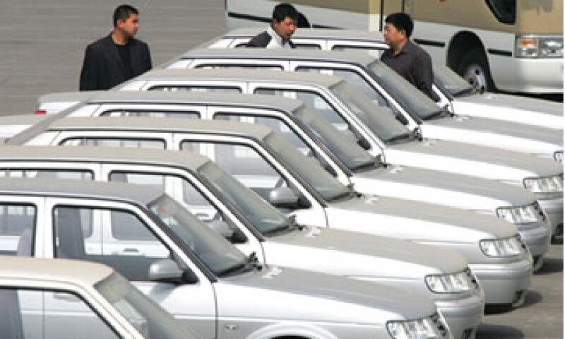 La industria automotriz registró menos pérdidas que otros sectores.  (Foto: AP)