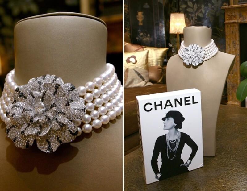 ¿Necesitamos explicar? Nada como un collar de perlas de Chanel.