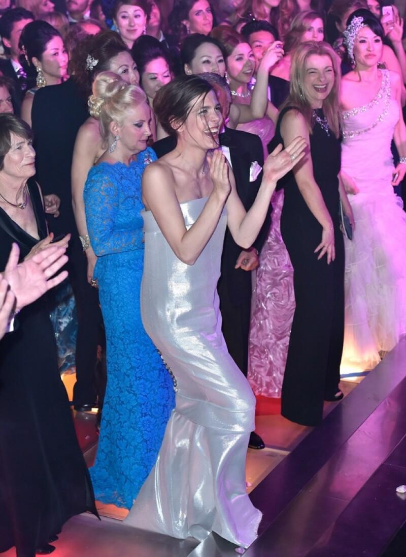 La hija de la princesa Carolina de Mónaco no paró de bailar y cantar con Mika.