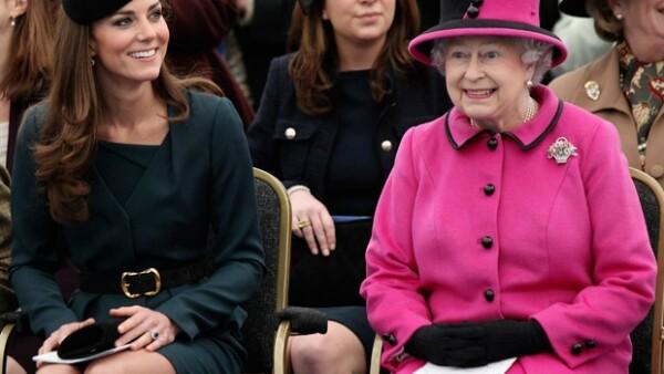 Las dos royals disfrutaron de un día de gran actividad, ¿será que Isabel II está muy interesada en la preparación de la que podría ser la futura Reina?