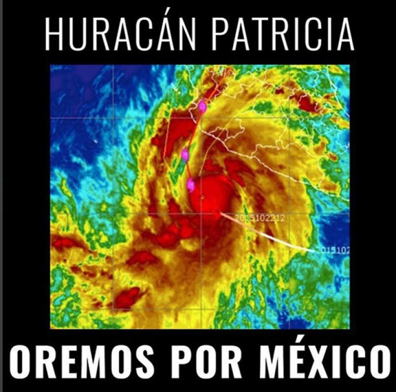 El cantante posteó esta imagen de la trayectoria del huracán.