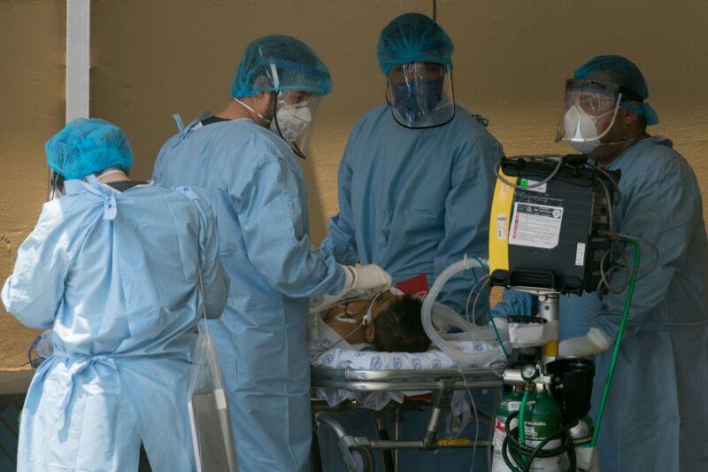 Médicos-covid