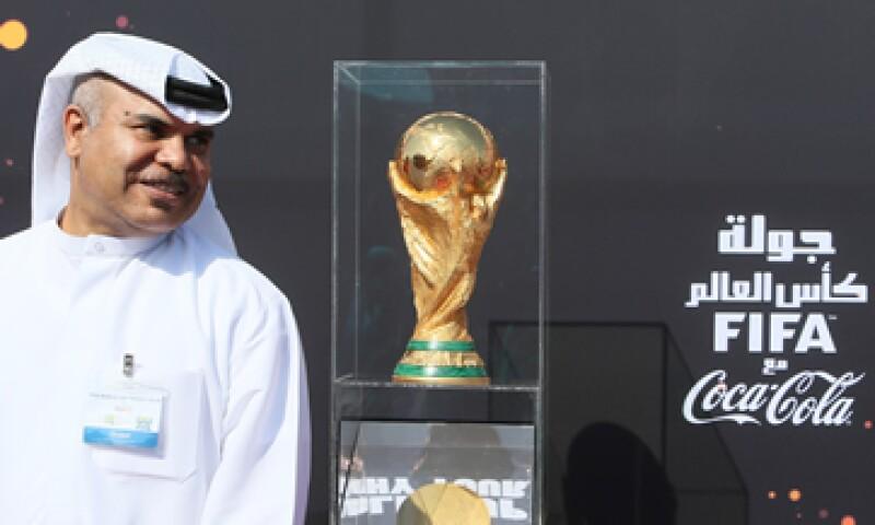 El anuncio de la FIFA se da a conocer luego de que Sony, Adidas y Visa, han presionado para que se aclaren presuntos actos de corrupción en el Mundial.  (Foto: Reuters)
