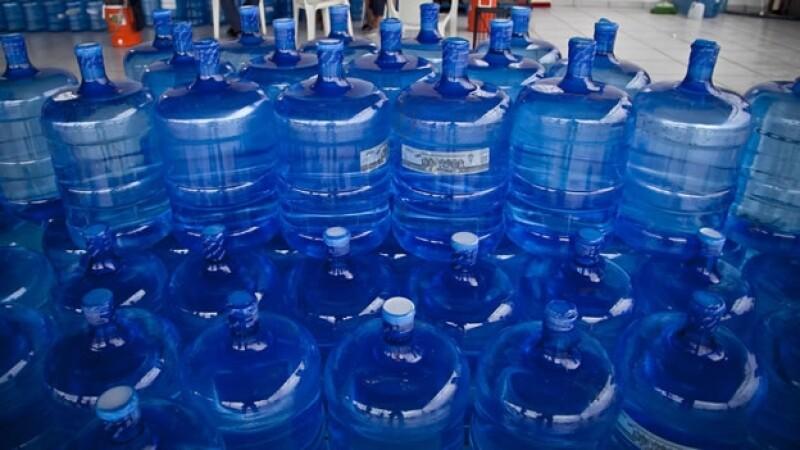 El agua potable será escasa en los próximos años por el crecimiento poblacional mundial, indicó un estudio