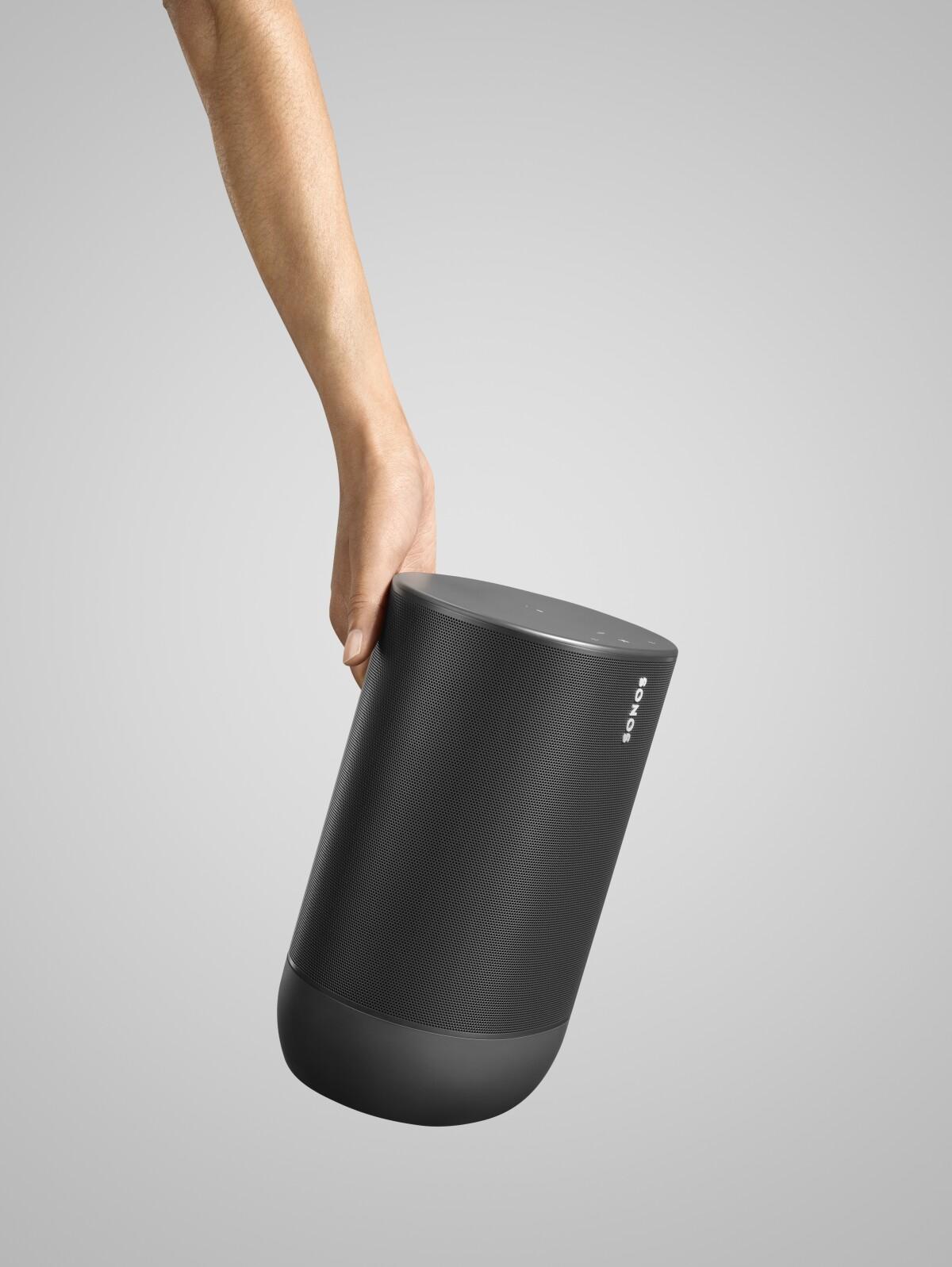 Esta bocina diseñada para exteriores debe sonar en tu próximo asado.