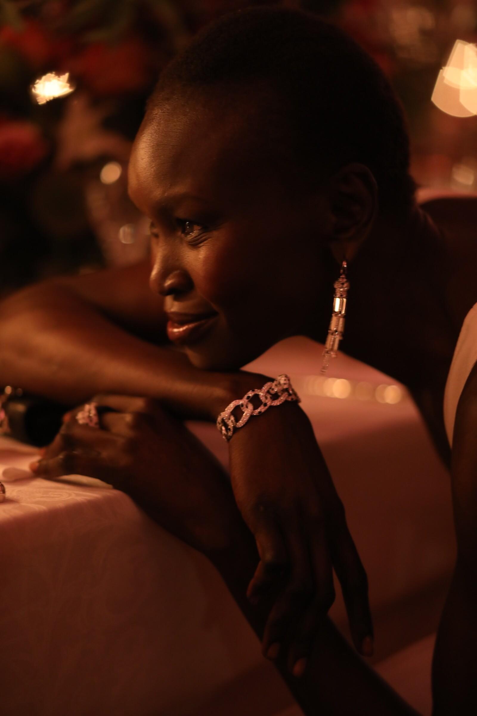 La Super modelo sudanesa Alek Wek