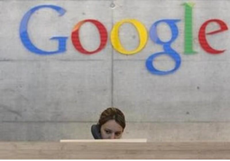 El director ejecutivo de Google, Eric Schmidt, dijo que Levinson ha sido parte clave del éxito de Google. (Foto: Reuters)
