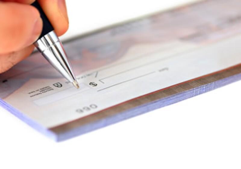 Los depósitos que se realizan mayores a los 15,000 pesos son gravados con una tasa del 3% al excedente. (Foto: Photos to go)