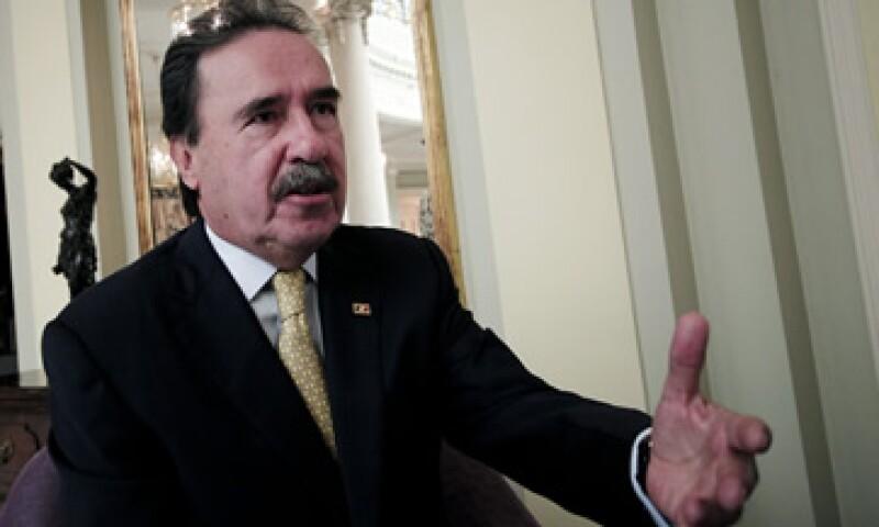 Emilio Gamboa dijo que el PRI consultará a expertos en la materia. (Foto: Notimex)