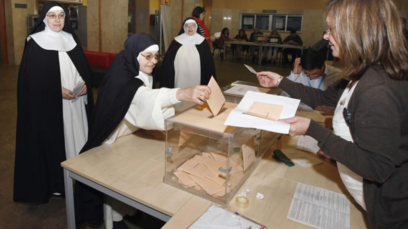 espana 20n elecciones monjas