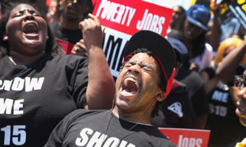 Un empleado general de McDonald's debería trabajar más de un millón de horas para poder percibir el sueldo del CEO de la cadena. (Foto: Getty Images)