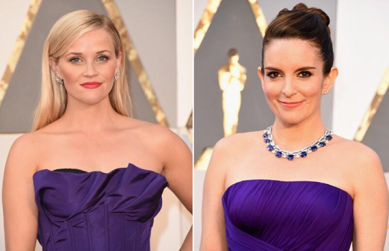Las actrices lucieron joyas distintas, pues mientras Reese eligió llevar la atención hacia sus manos, con joyas de Tiffany, Tina lució un llamativo collar de Bulgari.