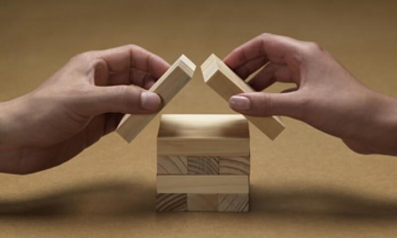 Junto con el aumento en el precio de las viviendas, el sector presentó una caída de 6% en sus ventas. (Foto: Thinkstock)