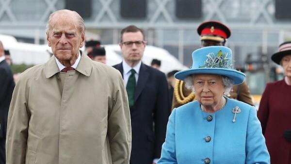Duque de Edimburgo y la reina Isabel II