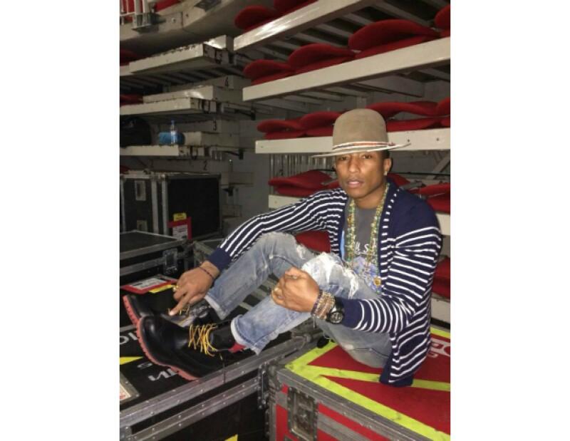 El look sport y ultra creativo de Pharrell encanta a todos por igual.