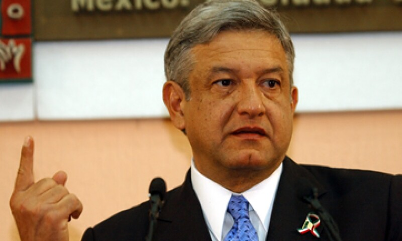 Andrés Manuel López Obrador es un hombre que goza de mucha paz pero también es muy selectivo y estudia todo y a todos antes de tomar una decisión, asegura la fisonomista Adriana Cano. (Foto: AP)